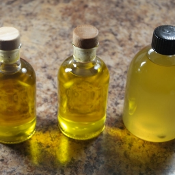 Stimulating, Moisturising, & Nourishing Hair Oil Blend